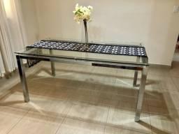 Mesa de seis lugares de vidro temperado em aço inox cromado
