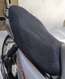 Capa protetora para banco de moto,Nova a pronta entrega