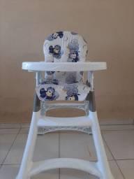 Cadeira de alimentação infantil