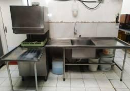 Lava Louças industrial em inox com cuba de lavagem