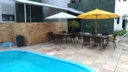 Apartamento c/ area de lazer com piscina e churrasqueira e moveis projetados nos Bancários