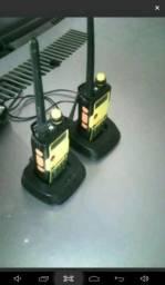 2 rádios comunica dores com carregadores