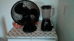 Vende um ventilador e um liquidificador novos