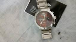 Vendo relógio Mormaii cronografo sem uso 230$