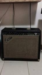 Cubo Fender Deluxe 112