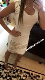 Vestido marca Armazém tamanho M