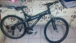 Bicicleta Caloi Aro 26 Quadro de Alumínio e Acessórios Shimano