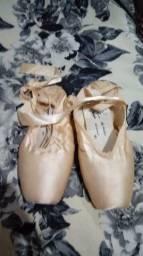 Sapatilha de ballet de ponta. N 37