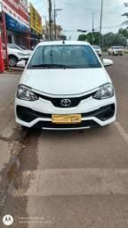 Toyota Etios 1.5 XS automático - 2018