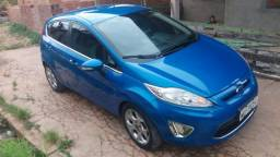 Vendo new fiesta quitado - 2013