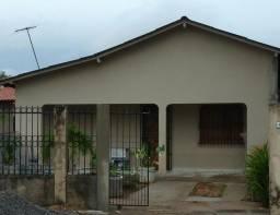 Aluga casa residencial
