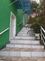 Alugo casa em Itacuruçá com 05 Suítes e Piscina