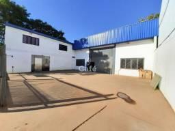 Pavilhão com 1100m² de área privativa.
