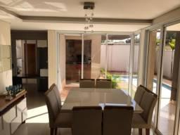 Casa de condomínio à venda com 3 dormitórios cod:V16528