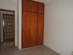 Apartamento para alugar com 3 dormitórios cod:L13077