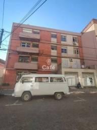 Amplo apartamento de 3 dormitórios com vaga de garagem e sacada.