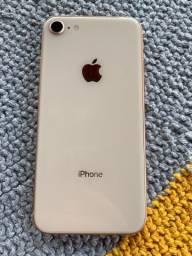 IPhone 8   64 gigas  