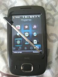 Vendo celular HTC otimo quebra galho