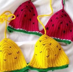 Biquini tematico de croche (abacaxi e melancia)