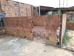 Cidade de Deus vendo uma Casa em construção