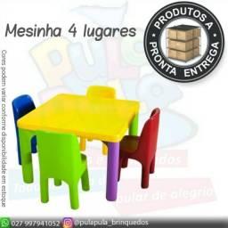 Conjunto de Mesinha com 4 Cadeirinhas - A pronta entrega
