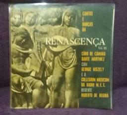 LPs Cantos e Danças  da Renascença.