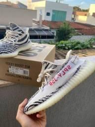 Yeezy Boost 350 V2 ?Zebra? Original (2018)