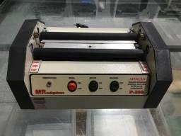 Maquina de plastificar documentos