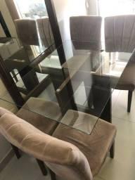 Mesa de vidro pequena com 4 cadeiras