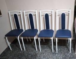 Cadeiras semi novas  4.
