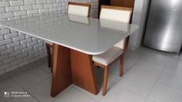 Título do anúncio: Mesa 5 retangular de 4 cadeiras de madeira maciça