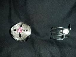 2 anéis femininos por 10