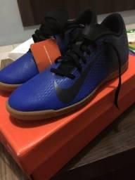 Vendo chuteira Nike nr 40