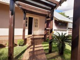 Título do anúncio: Casa de 264m² com suíte mais 02 dormitórios no Bairro Jardim Itália em Chapecó (cód. 1282)