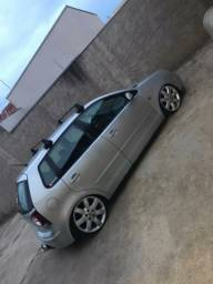 Polo hatch 1.6 m.i 2004 completo
