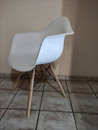 Cadeira Charles Eames Contemporânea