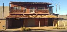 Vendo - Casa com loja e kitnet - Sete Lagoas/MG