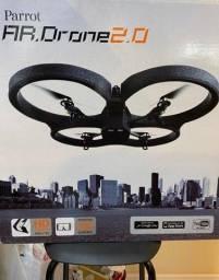 Ar drone parrot 2.0 e 1.0 necessitam de bateria apenas