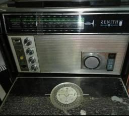 Espetacular radio Zenith Transoceanic modelo 7000 c/VHF!! Leua