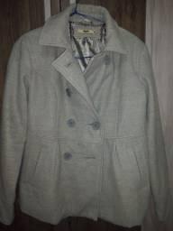 Casaco lã batida da marca Marisa tamanho quarenta sem nenhuma avaria cinza claro