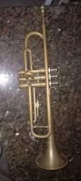 Vendo ou troco trompete em celular
