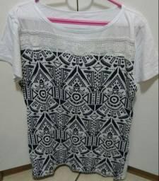 Camiseta Feminina Étnica - Tamanho GG