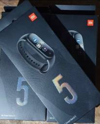 Smartband Xiaomi Mi Smart Band 5 - VERSÃO GLOBAL - 6X NO CARTÃO!