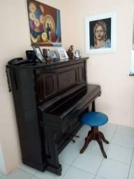 Piano alemão - antiguidade  - bem conservado - em uso