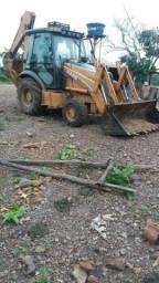 Retroescavadeira case 580 M 4X4 traçada