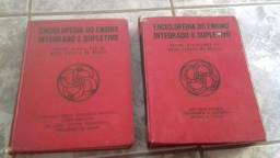 Duas excelente enciclopédia por