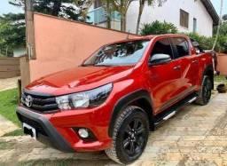 Toyota Hilux 2.8 Tdi Sr Challenge Cab Dupla 4x4 Aut. 4p - 2017