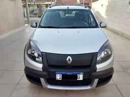 Renault Sandero Stepway 1.6 Automático - 2013 - 2013