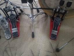 Pedal Duplo Odery Privilege PD-902 Double Chain Drive com 2 Pedais Singles Ajustados