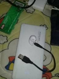 Vendo um carregador original Samsung e fone de ouvido via butuf